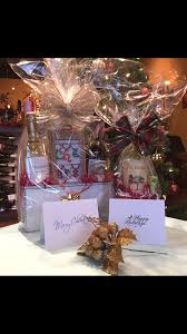 Make Your Own Gift Basket We Make Custom Gift Baskets Holiday Greeting Cards For You