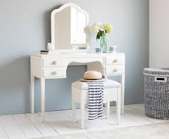 Vanity Tables With Mirror Vanity Table No Mirror Makeup Vanity With Plenty Of Storagean