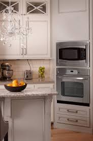 what backsplash goes with light wood cabinets light wood kitchen cabinets with trends ideas
