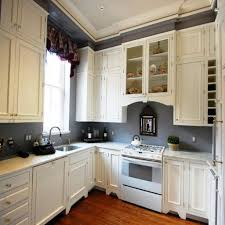 Kitchen Cabinet Color Ideas For Small Kitchens by Cabinet Colors For Small Kitchens Kitchen Decoration Ideas