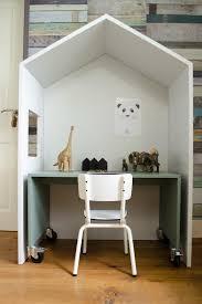 bureau enfant original chambre d enfants 10 un bureau d enfant dans une cabane