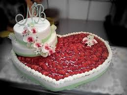 hochzeitstorte rechteckig konditorei tortenmarie feldberg torten kuchen gebäck café
