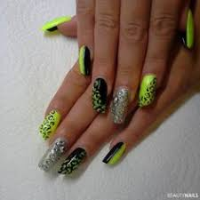 nails design galerie 35 leaf nail ideas golden leaves autumn nails and nails