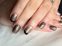 long lasting beautiful nails for busy ladies