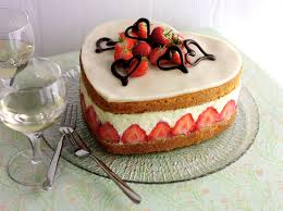 fraiser cuisine fraisier strawberry cake field fare