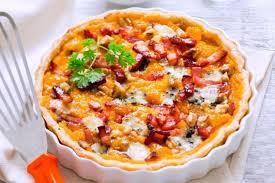 cuisiner courge butternut recette de tarte d automne à la courge butternut et au roquefort