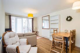 1 Bedroom Flat In Kingston 1 Bedroom Flat For Sale In Skerne Road Kingston Upon Thames Kt2 Kt2