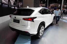 lexus nx us sales lexus back in the luxury sales race in the u s overtakes