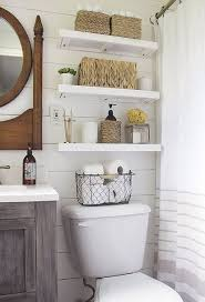 Bathroom Remodel Small Space Ideas by Best 10 Small Bathroom Storage Ideas On Pinterest Bathroom