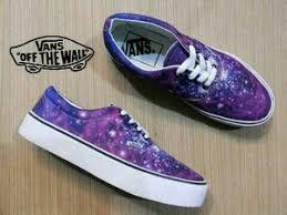 Foto Sepatu Dc Distro jual sepatu casual vans galaxy kws lokal kickers nike dc adidas