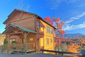 4 bedroom cabins in gatlinburg gatlinburg cabin above the clouds 4 bedroom sleeps 14