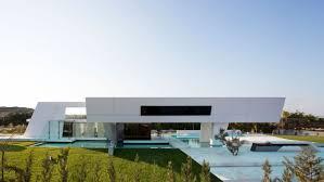 simple design modern tropical architecture characteristics