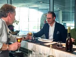 Bmw Welt Restaurant Esszimmer Neuschwansteiner On Tv Doppio Tv Films At 2 Star Restaurant