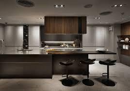 bar cuisine bois une cuisine bois et noir avec bar ev dekorasyonu