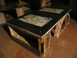Table En Caisse En Bois Atelier Espace Vintage Les Gardiens Du Temple Les Gardiens Du
