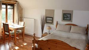 chambre 4 personnes hébergement chambre d hôtes pour 4 dans la loire la vallée des vignes
