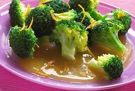 cuisiner les brocolis recette de brocolis à l orange cuits à la vapeur open kitchen