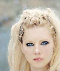 how to plait hair like lagertha lothbrok 1026 best vikings images on pinterest culture drawings and