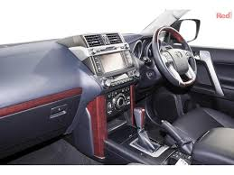 lexus is200t uae 2017 toyota landcruiser prado kakadu grj150r kakadu wagon 7st 5dr