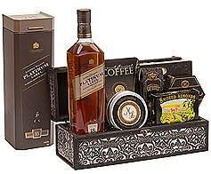 whiskey gift basket send liquor online gifts baskets johnnie walker black label