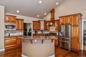 castle kitchen cabinets mf cabinets 9265 clydesdale rd castle rock co 80108 mls 9923807 movoto com