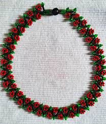 flower bead necklace images Free pattern for necklace spring flowers beads magic jpg