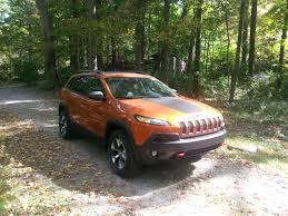 jeep trailhawk lifted kayla u0027s pick of the week 2016 jeep cherokee trailhawk