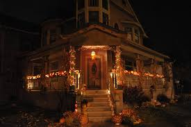 halloween decorated house news