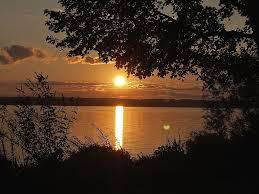 lakefront home in the heart of aurora sun vrbo
