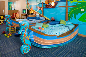 Spongebob Room Decor by Bedroom Creative Nickelodeon Hotel Room Home Design Ideas Fresh