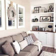 Mirror Decor In Living Room by Top 25 Best Above Couch Ideas On Pinterest Mirror Above Couch