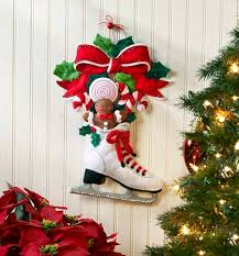 bucilla skate door wall hanging felt applique