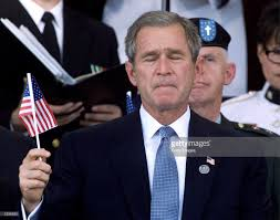 A American Flag Pictures Photos Et Images De September 11th Retrospective Getty Images