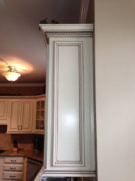 Best  Light Rail Ideas On Pinterest Crown Molding Kitchen - Kitchen cabinets moulding