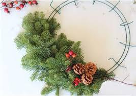 fresh wreaths diy fresh wreath healthy home earth living