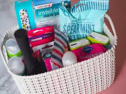 What To Put In Wedding Bathroom Basket I Might Be Turning Into Bridezilla U2013 Wedding Planning 7