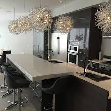 installer un comptoir de cuisine comptoir de cuisine en granit avec pattes nuance design