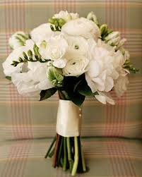 white wedding bouquets white wedding bouquets 1000 ideas about white wedding