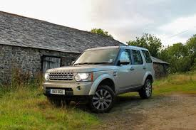 land rover discovery off road 6 reasons why the land rover discovery is the ultimate road trip