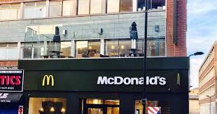 siege social mcdonald someone has organised a mcnuggets on a mcdonald s