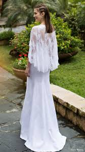 wedding dress with sleeves 20 gorgeous wedding dresses with flutter sleeves deer pearl flowers