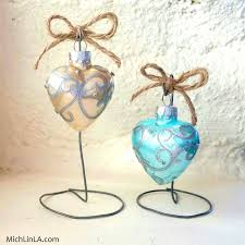 2 minute rustic wire ornament stand hometalk