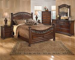 Bedroom Furniture Alexandria by Ashley Furniture Oak Queen Bedroom Set At Famsaus Easy Credit