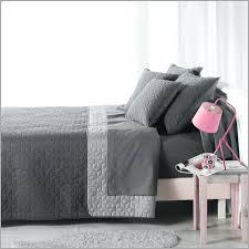 jeté de canapé maison du monde couvre lit maison du monde 531492 canape jete de canape gris jetac