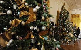 obama unveils 2013 white house decorations