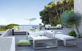 Modern Garden Table Landscaping Tips That Can Help Sell Your Home Ideas Front Yard