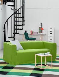 canape ikea vert pantone vert greenery la couleur de l ée 2017 greenery