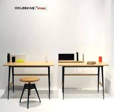 bureau portable bureau bois et noir bureau bois metal en industriel mactal noir