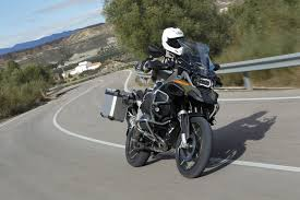 bmw gs 1200 black back to back test bmw r1200gs adventure visordown