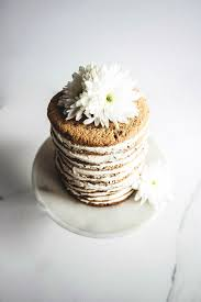 toasted sesame and chocolate cookie cake with tahini halva